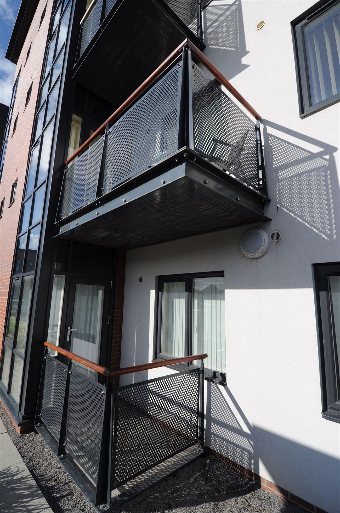 Balcony balustrade steelworks - Steelcraft